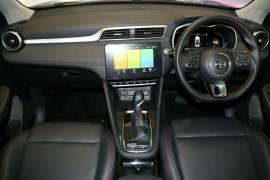 2020 MY21 MG ZST S13 Essence Wagon image 6