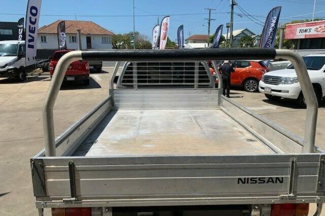 2013 Nissan Navara RX (4x4)
