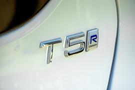 2017 Volvo V40 M Series T5 R-Design Hatchback