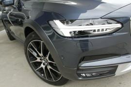 2019 Volvo V90 Cross Country D5 Wagon