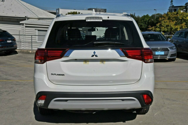 2018 MY19 Mitsubishi Outlander ZL MY19 ES 2WD Suv Image 5
