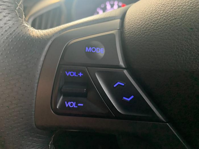 2017 Hyundai Veloster FS5 Series II SR Hatchback Image 16