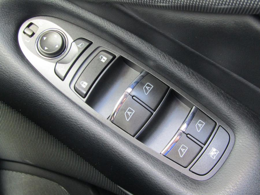 2014 Infiniti Q50 V37 S Premium Sedan Image 28