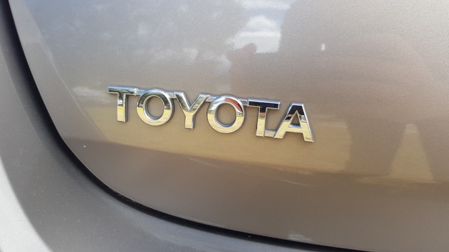 2015 Toyota Corolla ZRE182R Ascent Sport Hatch Image 9
