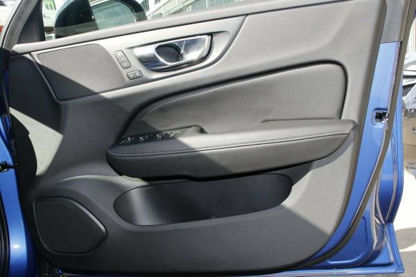 2019 MY20 Volvo V60 F-Series T8 R-Design Wagon Image 5