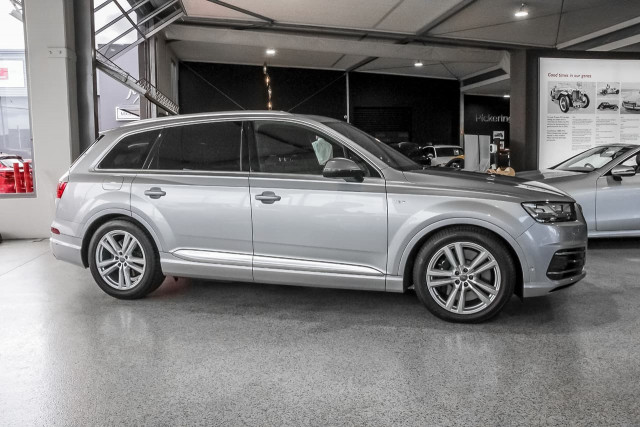 2017 Audi Sq7 4M MY17 TDI Suv Image 4