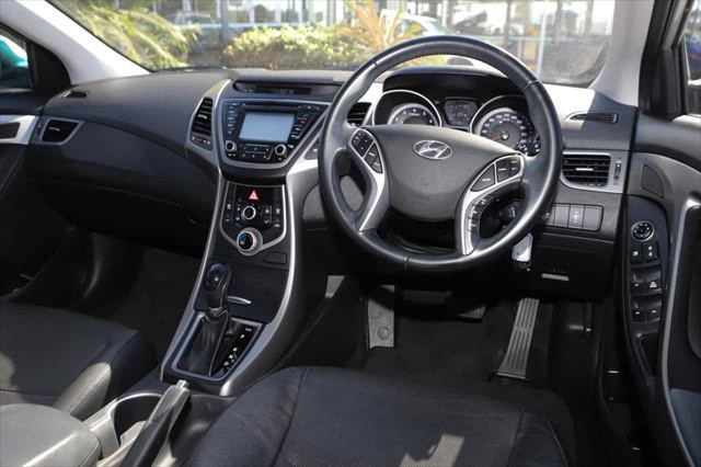 2014 Hyundai Elantra MD3 SE Sedan Image 10
