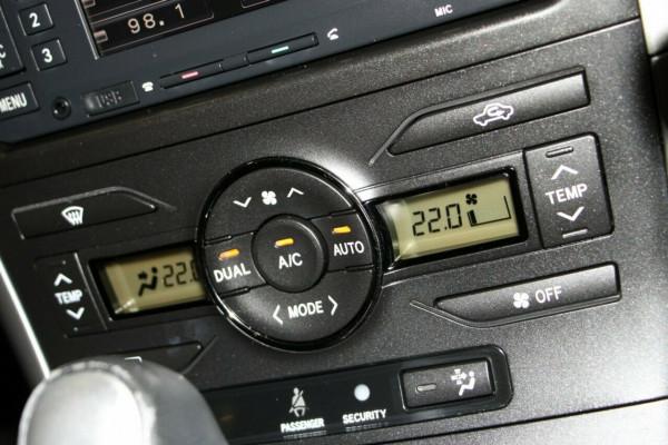 2011 Toyota Corolla ZRE152R MY11 Levin ZR Hatchback