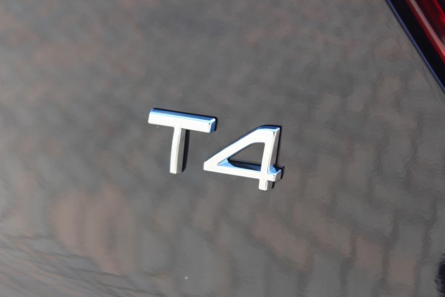 2019 MY20 Volvo XC40 XZ T4 Momentum Suv Image 7