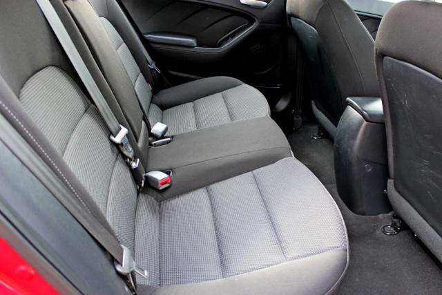2017 Kia Cerato YD  S Hatchback Mobile Image 10