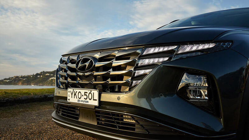 Tucson Parametric grille with LED Daytime Running Lights (DRLs).