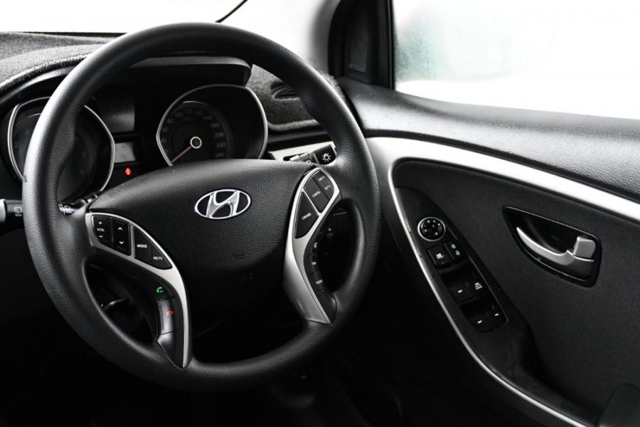 2016 MY17 Hyundai i30 GD4 Series II Active Hatchback Image 19