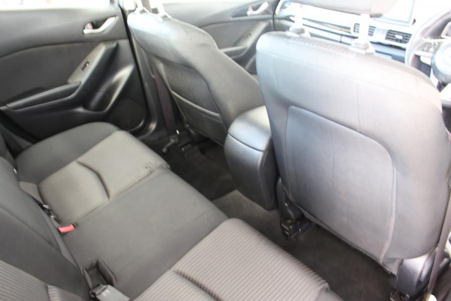 2014 Mazda 3 BM5238 SP25 Sedan Image 8
