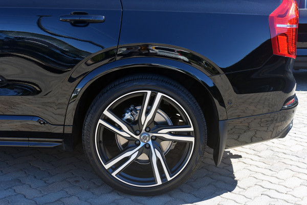 2019 Volvo XC90 L Series T6 R-Design Suv Image 4