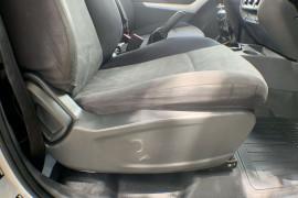 2014 Mazda BT-50 UP0YF1 XT Cab chassis Image 5