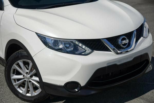 2016 Nissan Qashqai J11 ST Suv Image 2