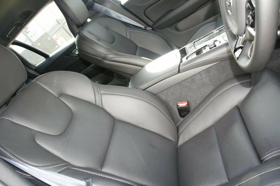 2019 MY20 Volvo V60 F-Series T8 R-Design Wagon Image 10