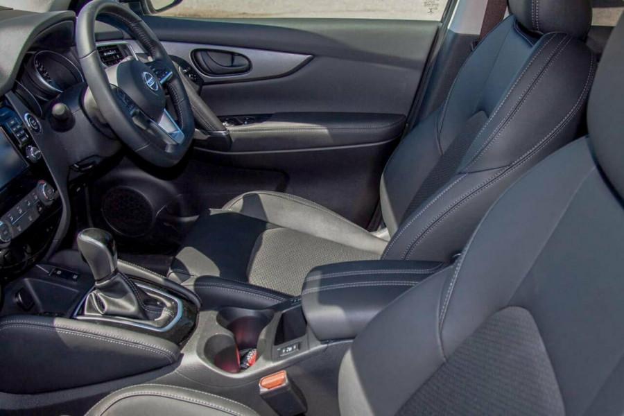 2019 MY20 Nissan Qashqai MY20 ST-L Suv Image 9