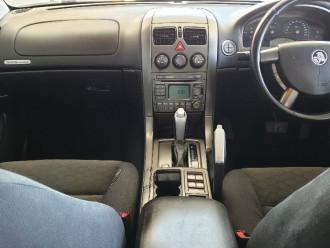 2005 Holden Commodore VZ Equipe Sedan
