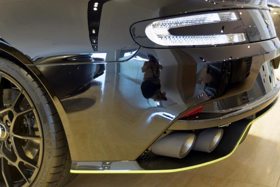 2019 Aston martin Rapide AMR 6.0L V12 8Spd Auto Sedan Image 4