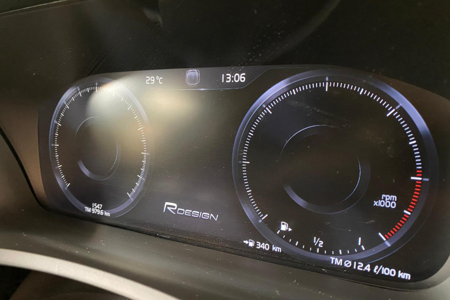 2019 Volvo XC90 L Series D5 R-Design Suv Image 19
