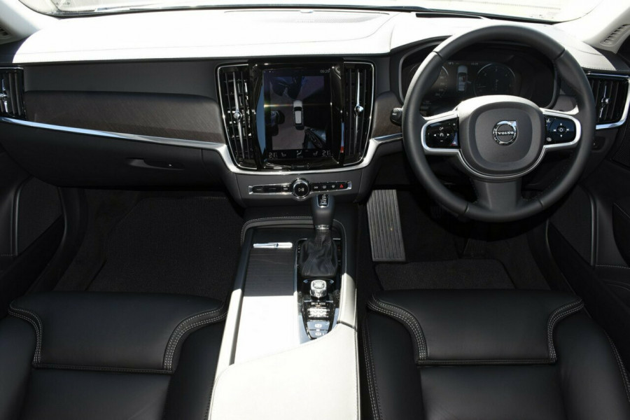 2019 Volvo V90 Cross Country D5 Suv Mobile Image 6