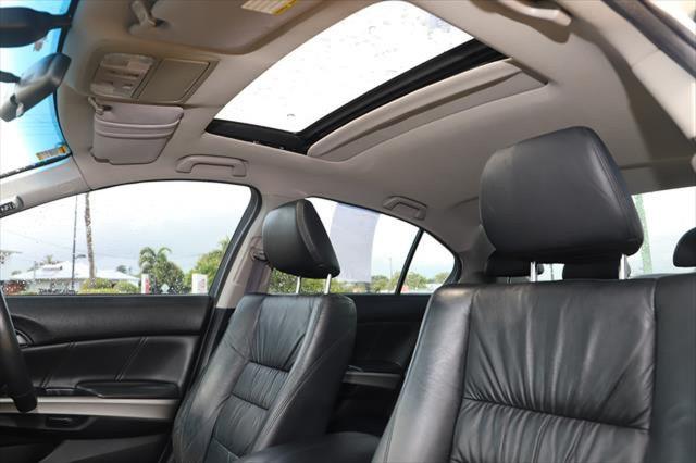 2011 Honda Accord 8th Gen MY10 VTi-L Sedan Image 3