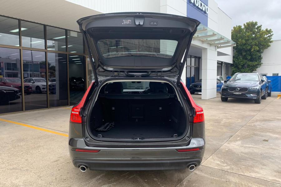 2020 Volvo V60 (No Series) T5 Momentum Wagon Mobile Image 19