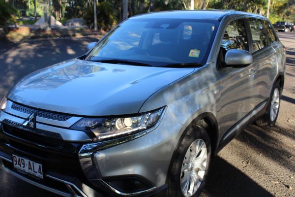 2020 MY21 Mitsubishi Outlander ZL ES Suv Image 3