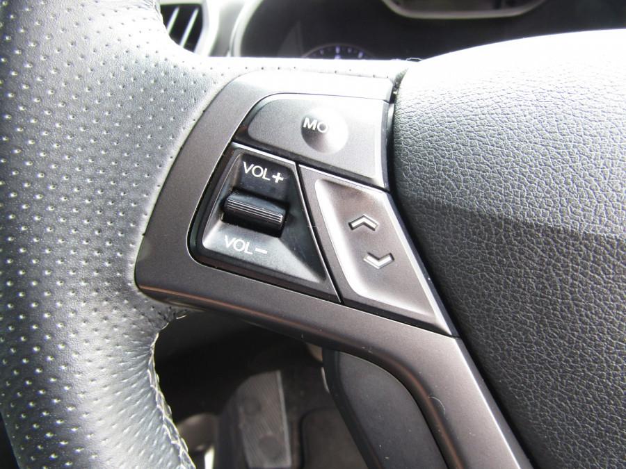 2017 Hyundai Veloster FS5 Series II SR Turbo Hatchback Image 27