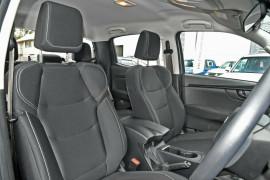 2020 MY21 Isuzu UTE D-MAX SX 4x4 Crew Cab Ute Utility Mobile Image 9