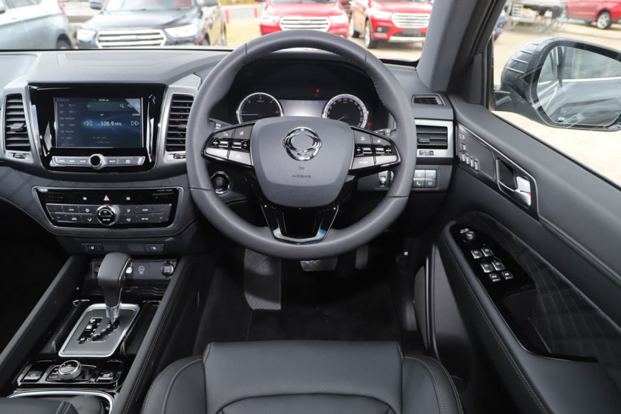 2021 SsangYong Rexton Y450 Ultimate Suv Image 14