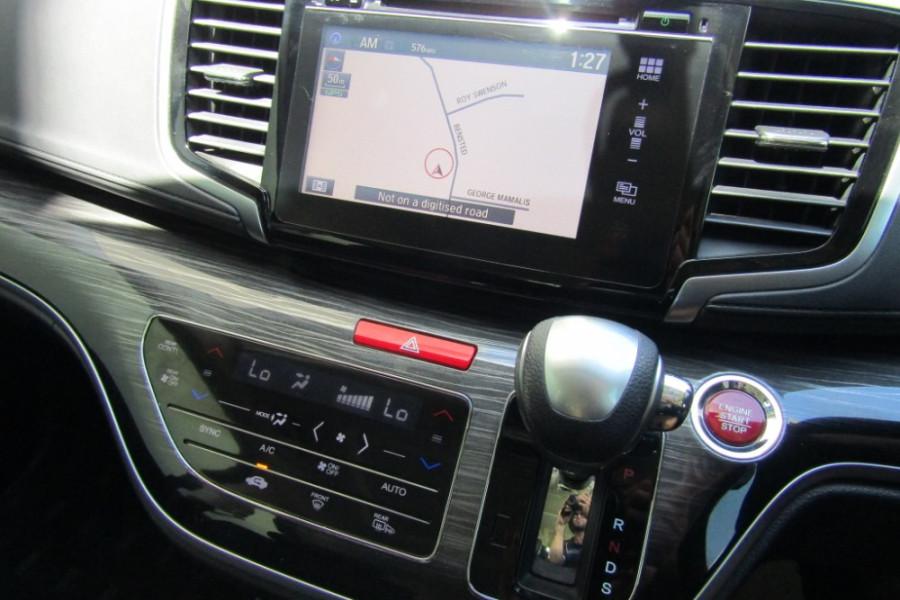 2015 MY16 Honda Odyssey 5th Gen VTi-L Wagon Image 19