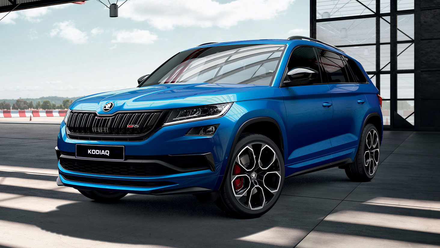 KODIAQ SUV <br>PERFORMANCE THAT'S NOT FOR SHOW