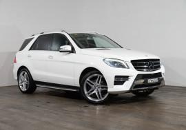 Mercedes-Benz Ml 350cdi Bluetec (4x4) Mercedes-Benz Ml 350cdi Bluetec (4x4) Auto
