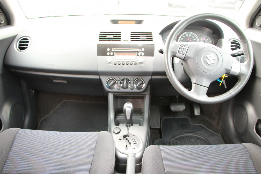2006 Suzuki Swift RS415 RS415 Hatchback Image 8