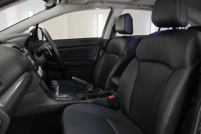 2014 Subaru XV G4-X 2.0i-S Suv Image 6