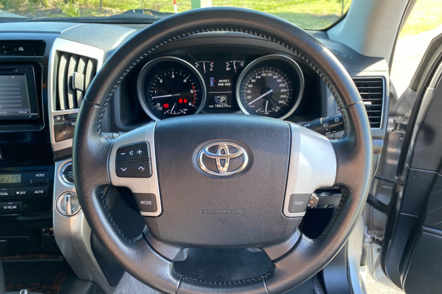 2012 Toyota Landcruiser VDJ200R  VX Suv