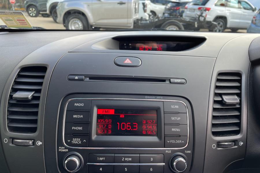 2015 Kia Cerato YD  S Hatchback Image 14