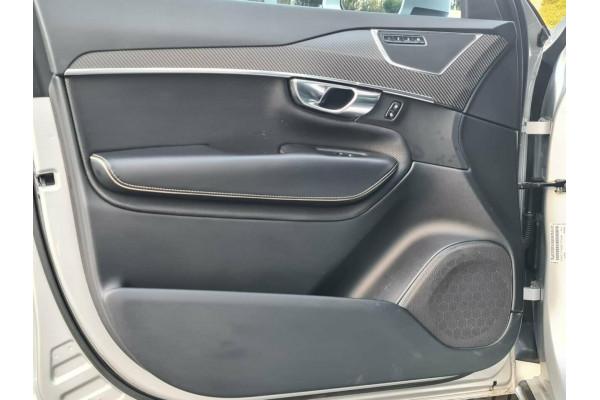 2016 Volvo XC90 D5 R-Design Suv Image 5