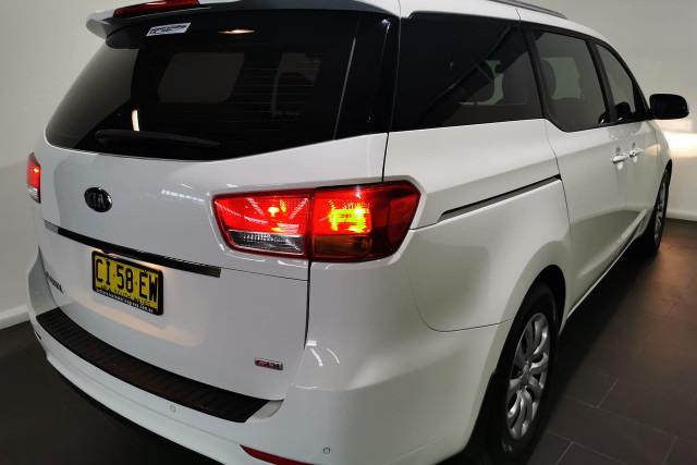 2016 Kia Carnival YP Turbo S Wagon Image 4