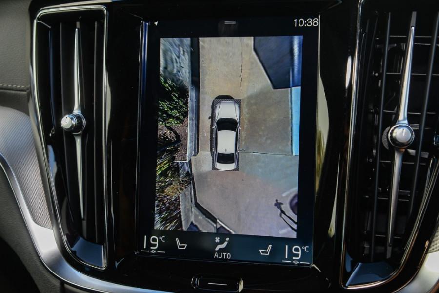 2019 MY20 Volvo S60 Z Series T8 R-Design Sedan Mobile Image 15
