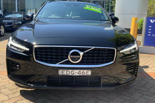 2019 MY20 Volvo V60 225 MY20 T8 PHEV R-Design (Hybrid) Wagon Image 2