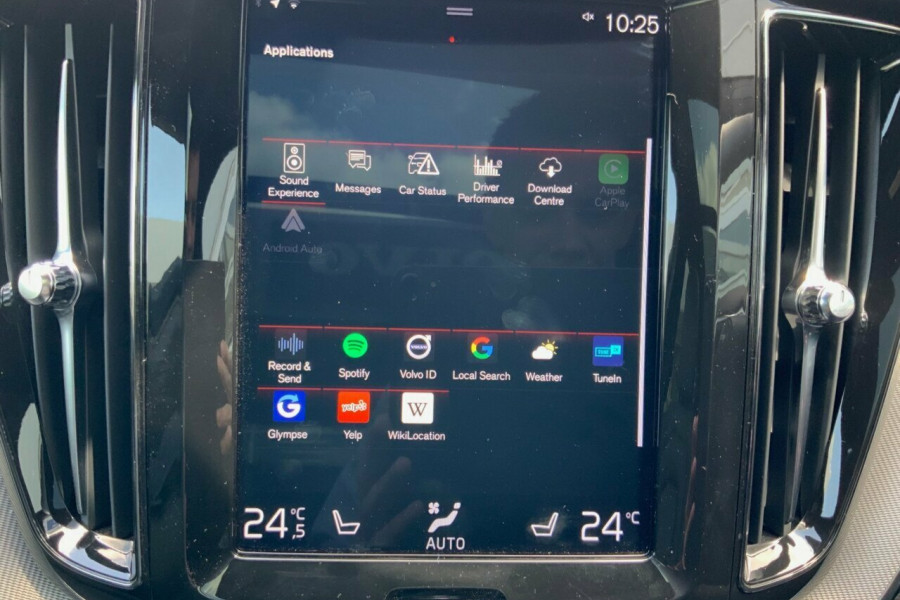 2018 MY19 Volvo XC60 246 MY19 D5 R-Design (AWD) Suv Mobile Image 13