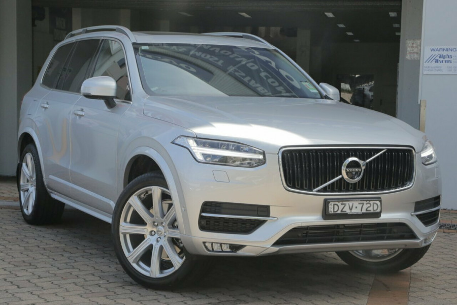 2018 MY19 Volvo XC90 L Series D5 Momentum (AWD) Suv Mobile Image 1
