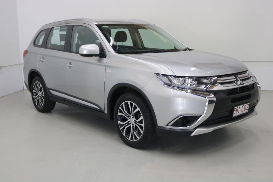 2018 MY18.5 Mitsubishi Outlander ZL MY18.5 ES Suv Image 3