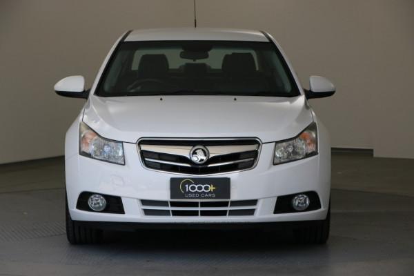 2010 Holden Cruze JG CDX Sedan Image 2