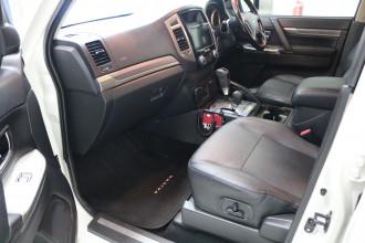 2016 Mitsubishi Pajero NX MY16 EXCEED Suv Image 5