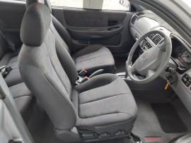 2005 MY04 Hyundai Accent LC  GL Hatchback image 22