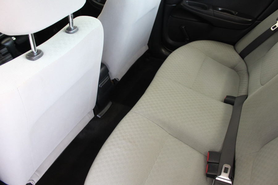 2003 Nissan Pulsar N16 S2 MY2003 ST Hatchback Image 10